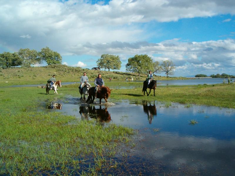 IMG31 Província de Cáceres. Extremadura preparada para o turismo activo